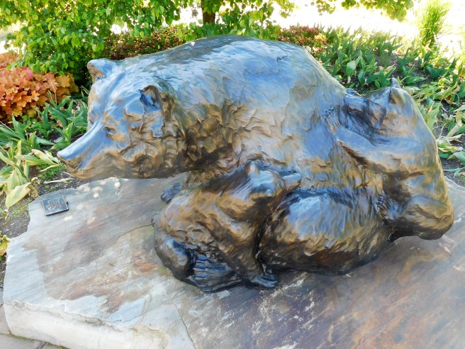 Mama bear and her baby, one of the sculptures in the Wellfield Botanical Garden within walking distance of our home.